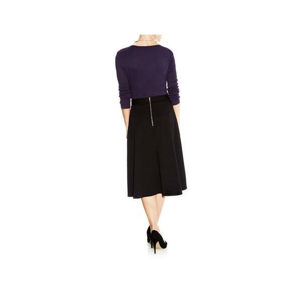 black flared skirt2