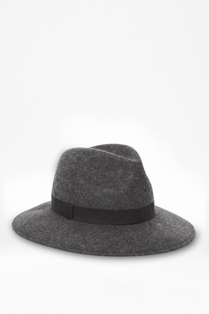 grey Fedora-Hat